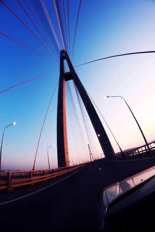 Мост на остров Русский, Владивосток