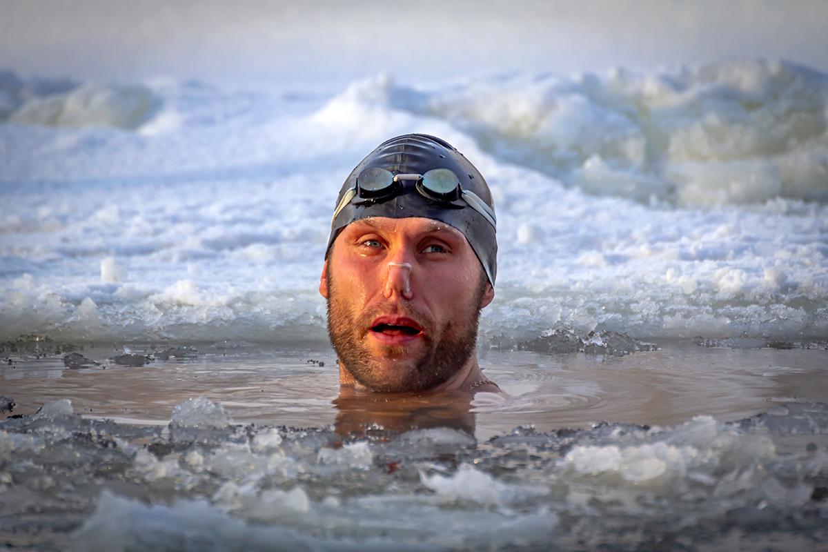 В воде теплее