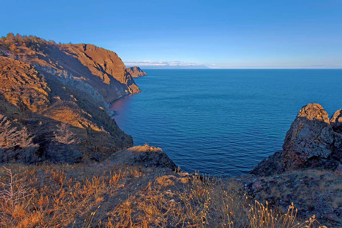 Восточный берег Ольхона