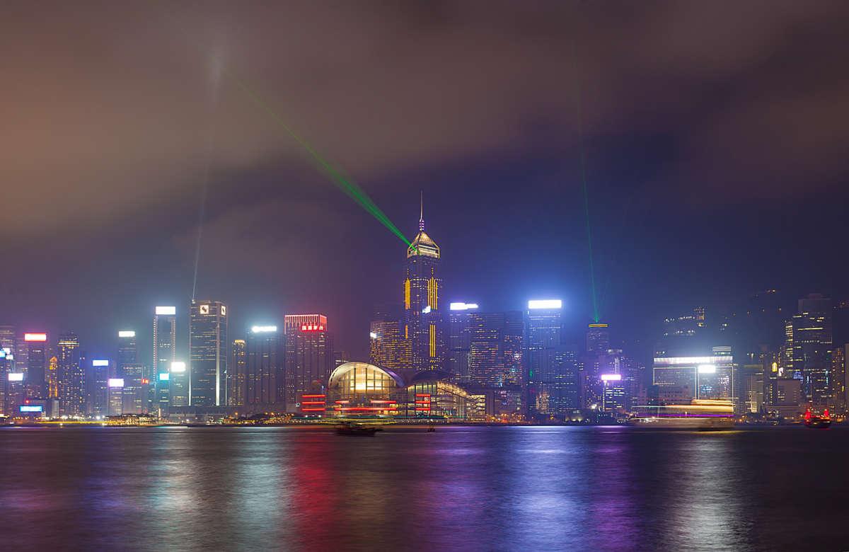 Световое шоу на набережной Гонконга