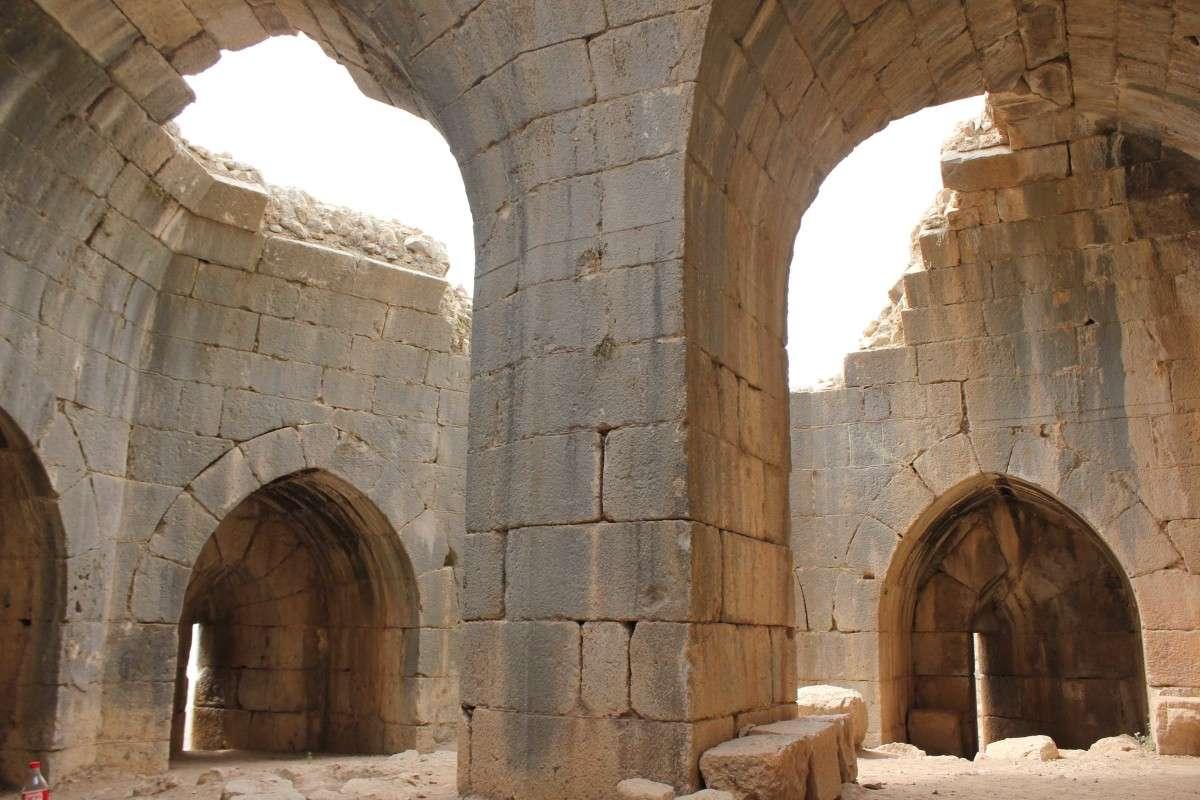 Замок Немрод