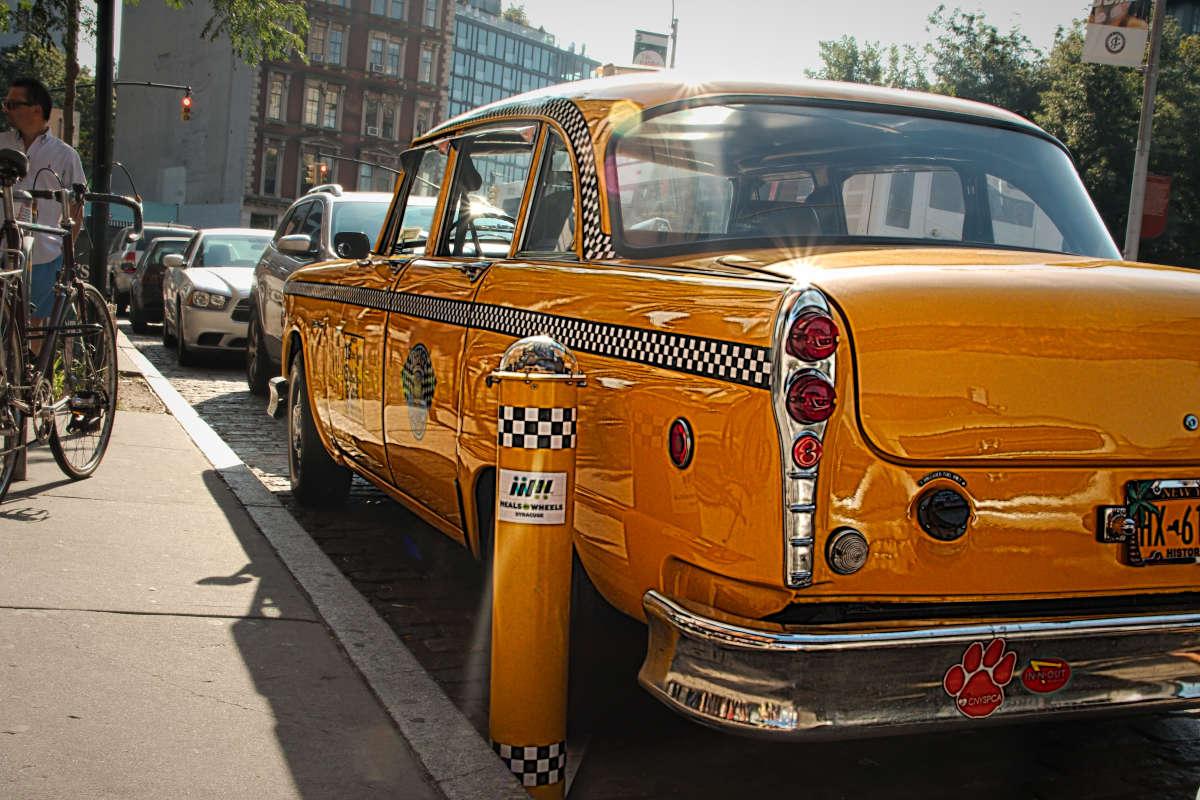 Старое Нью-Йоркское такси 2