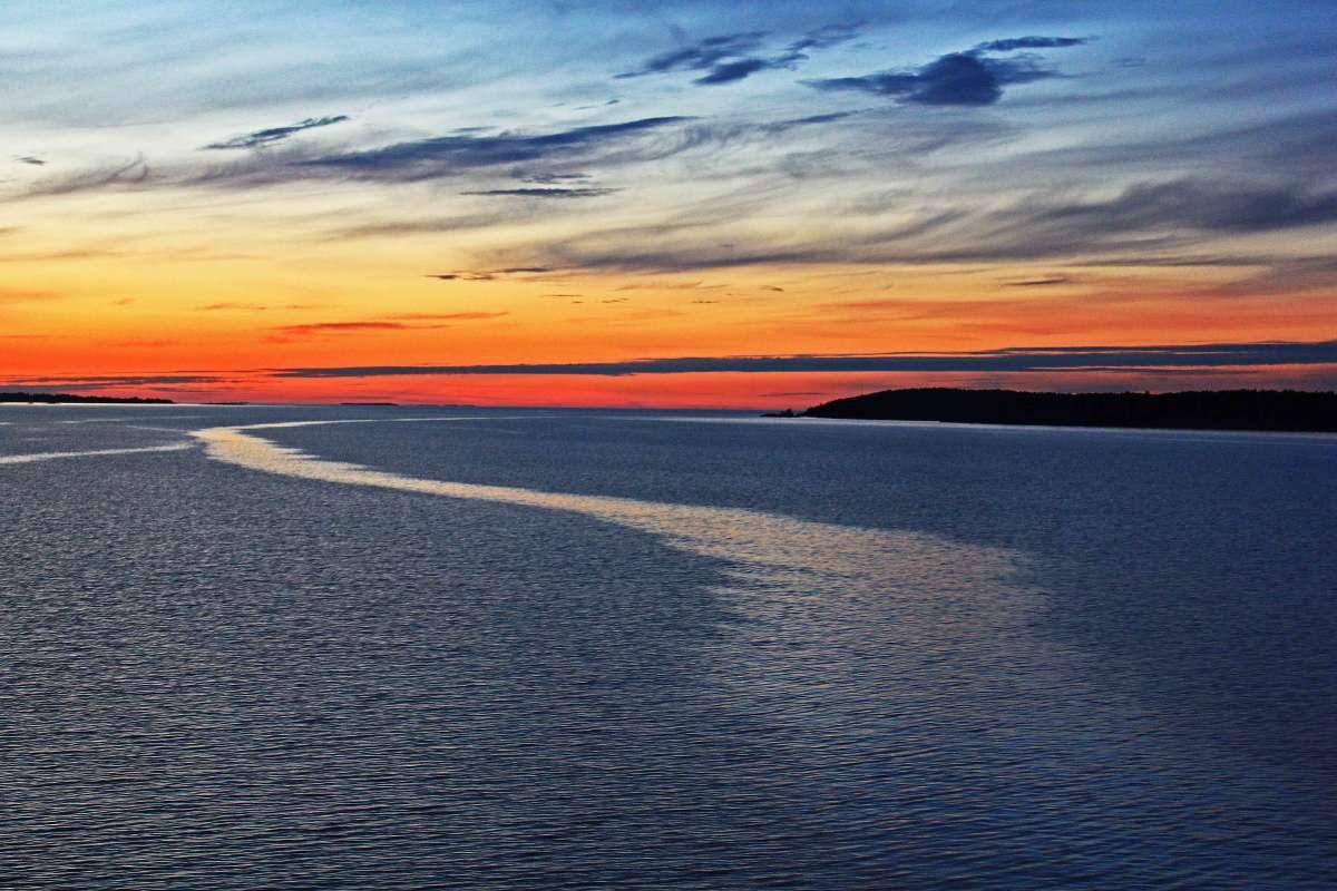 Ночью на Балтике.