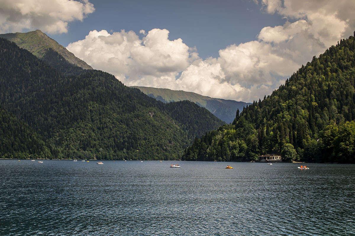 Озеро Рица 2