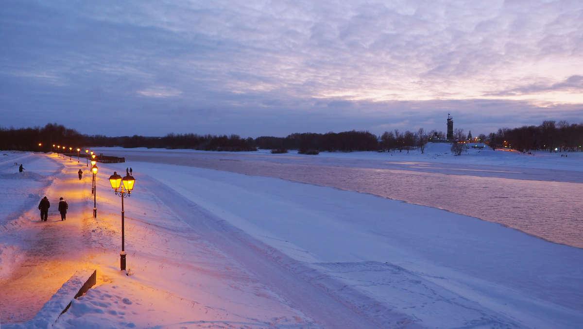 Великий Новгород. Зима. Сумерки