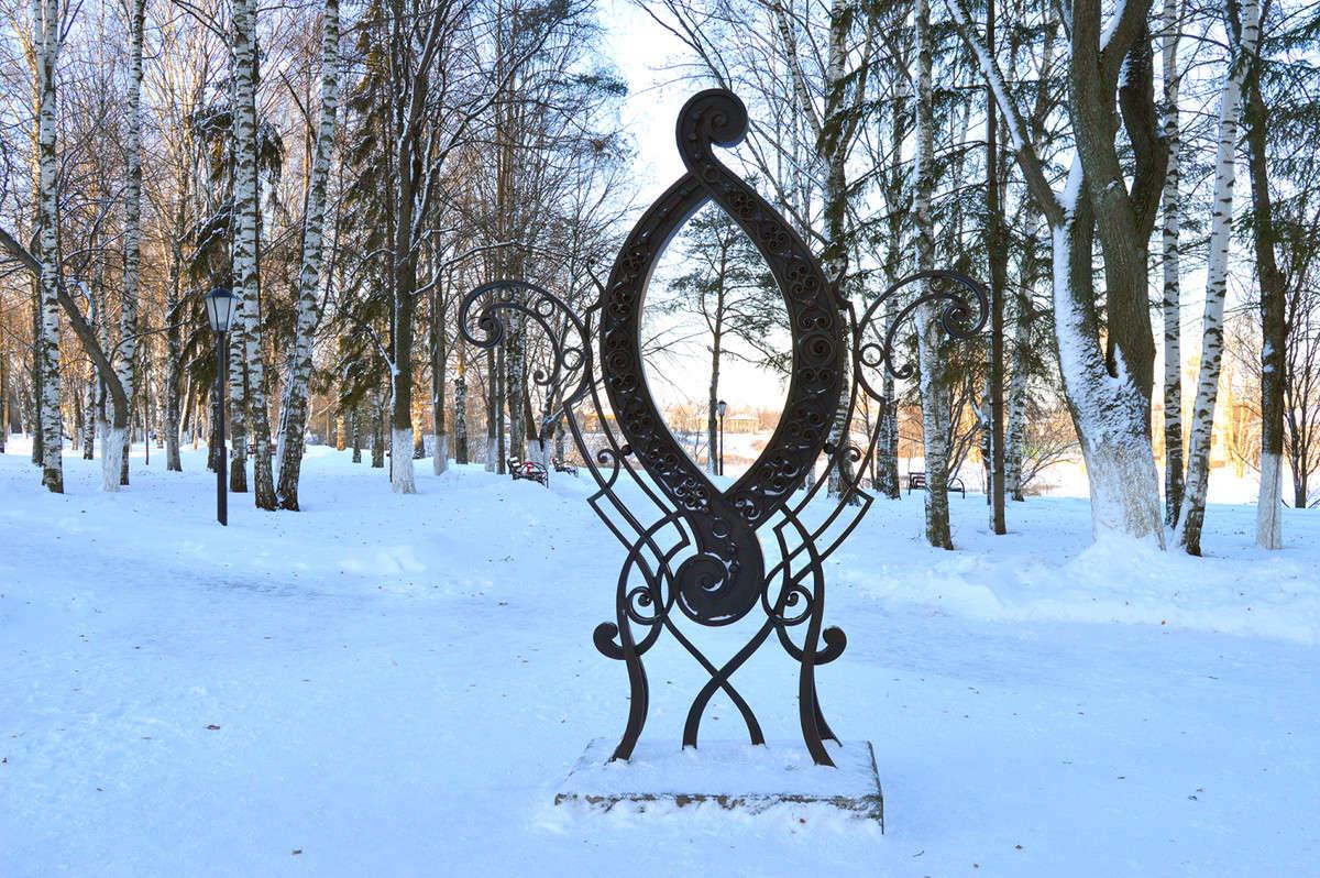 памятник букве О в Вологде