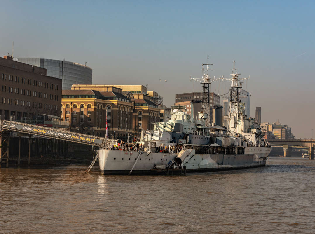 Малый крейсер HMS Belfast