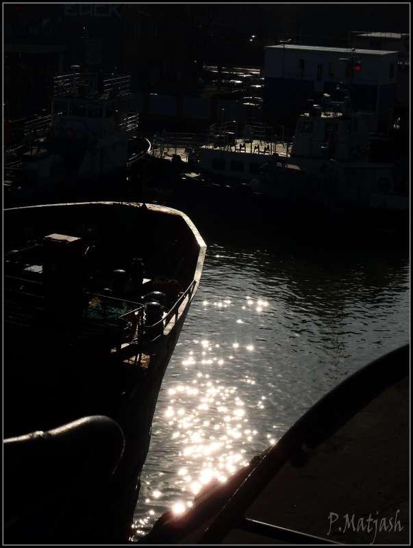 Ночь в лучах солнца