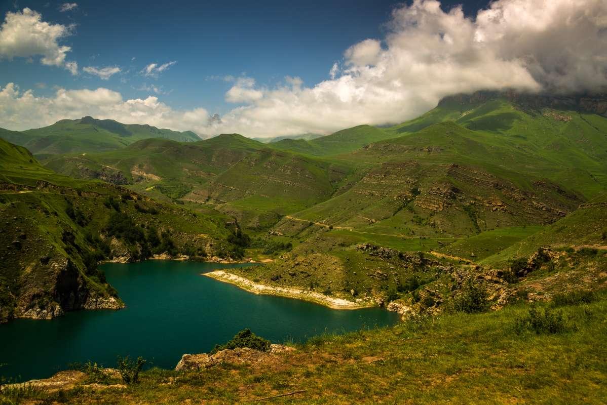перевал Актопрак озеро Гижгит