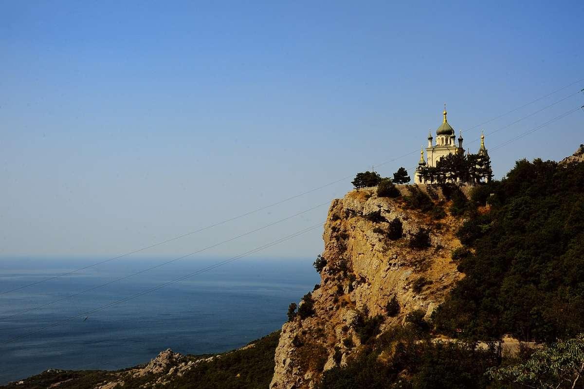 Форосская церковь. Крым. 412 метров над уровнем моря