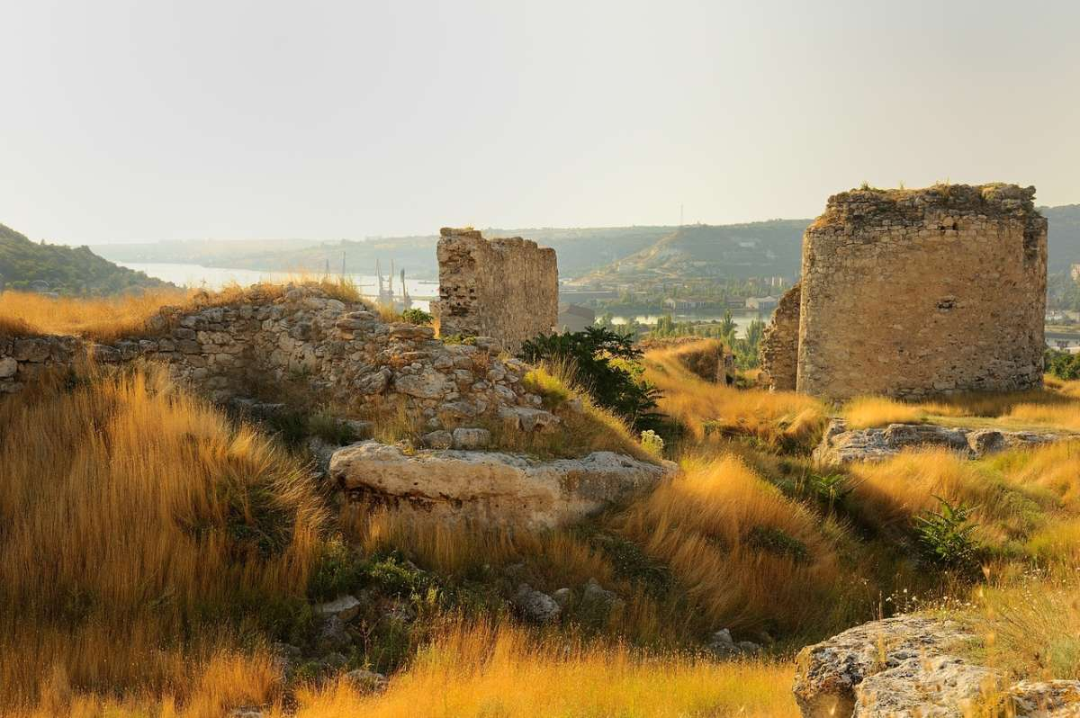 Крепость Каламита. Пещерный город Инкерман. Крым