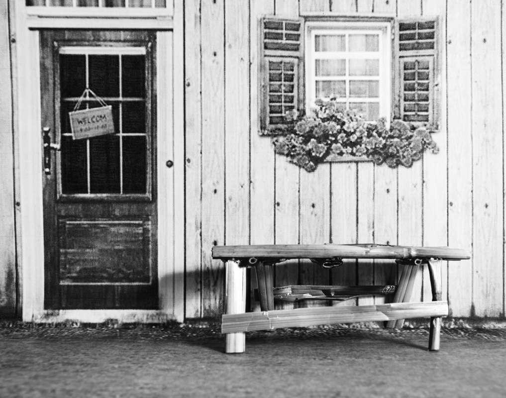 Соломенная скамейка