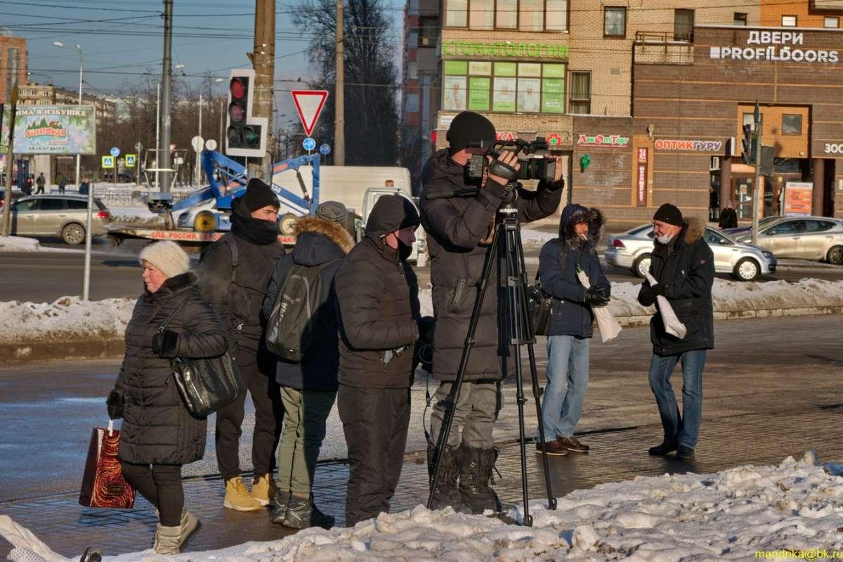 Митинг.(3)  Работа прессы.