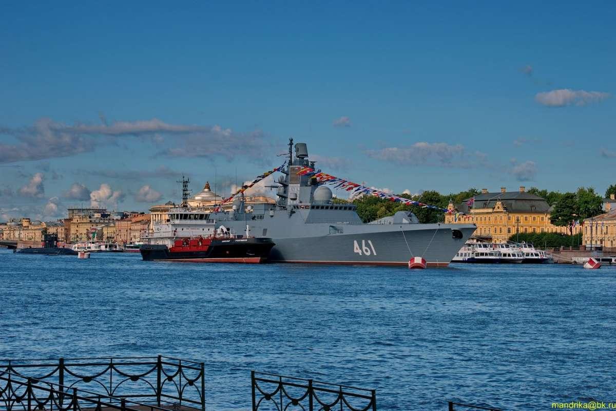 Корабли на Неве. (1)