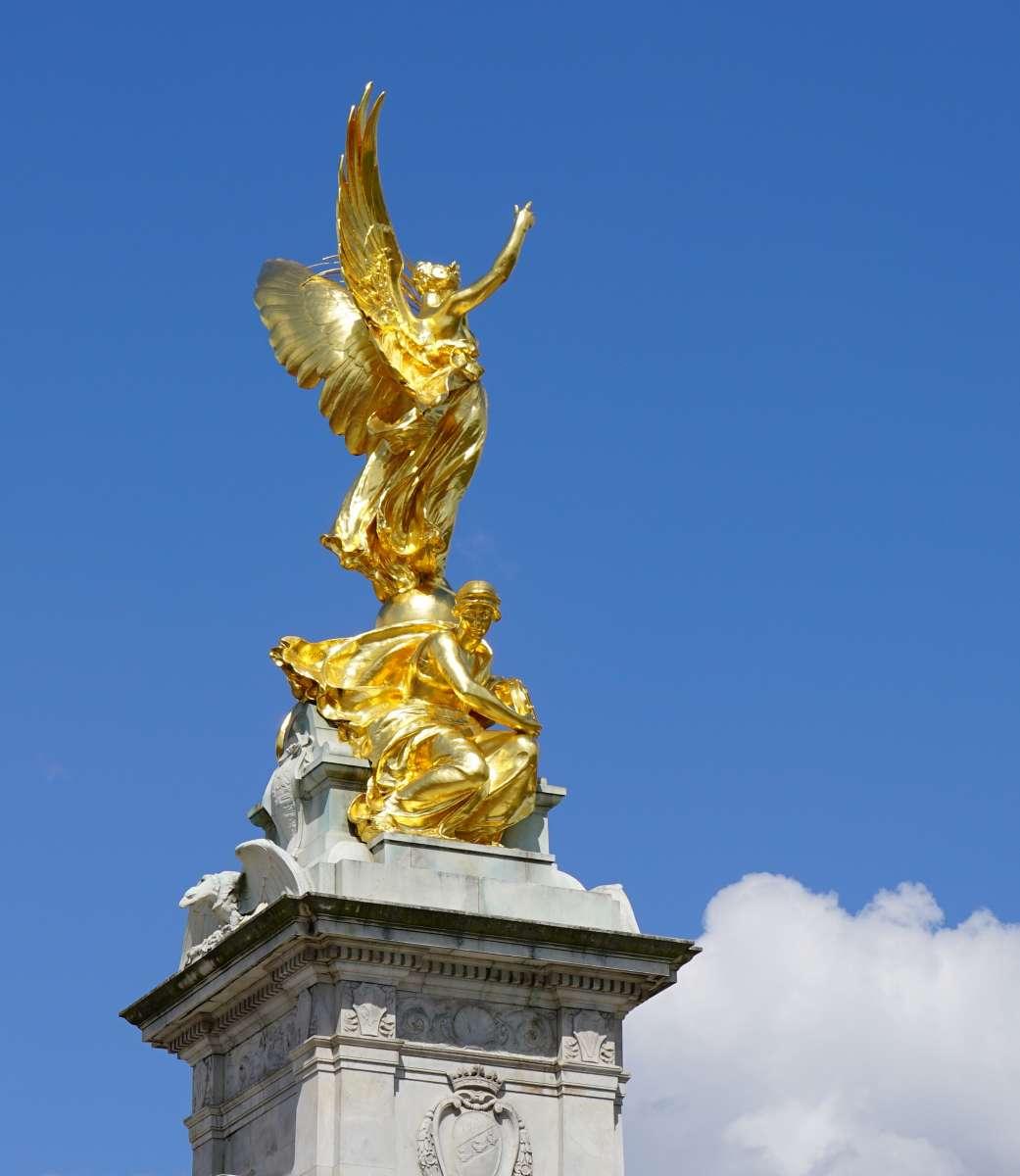 Золото - Англия