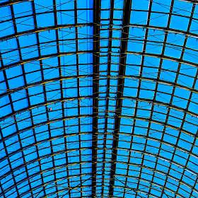 Крыша ГУМа или небо в клеточку