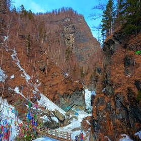 Ущелье реки Кынгарги