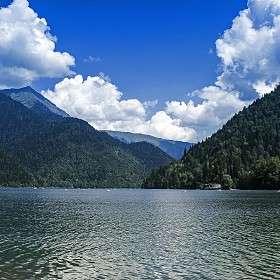 Озеро Рица 1