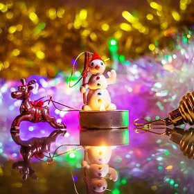 До Нового года осталось ...351 день)))