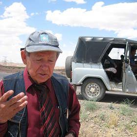 геолог Анатолий Бушмакин...