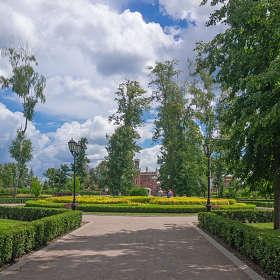 парк  во Дворце Ольденбургских