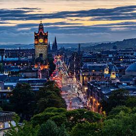 Эдинбург. Вид на город с высоты Nelson Monument