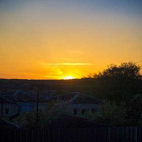 Восход над городком