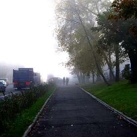 Туман висит над городом